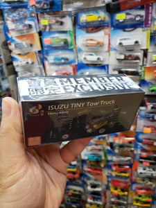 Tiny 1/64 Isuzu Tow Truck Member Exclusive