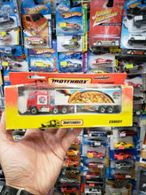 Load image into Gallery viewer, Matchbox Convoy Pizza Hut 1993