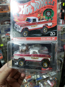 2018 Hot Wheels RLC Holiday Car - TEXAS DRIVE 'EM with REINDEER - Real Riders