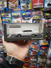 Load image into Gallery viewer, ignition model ig 1:43 Nissan Skyline 2000 GT-X GC110 White Purple 1575