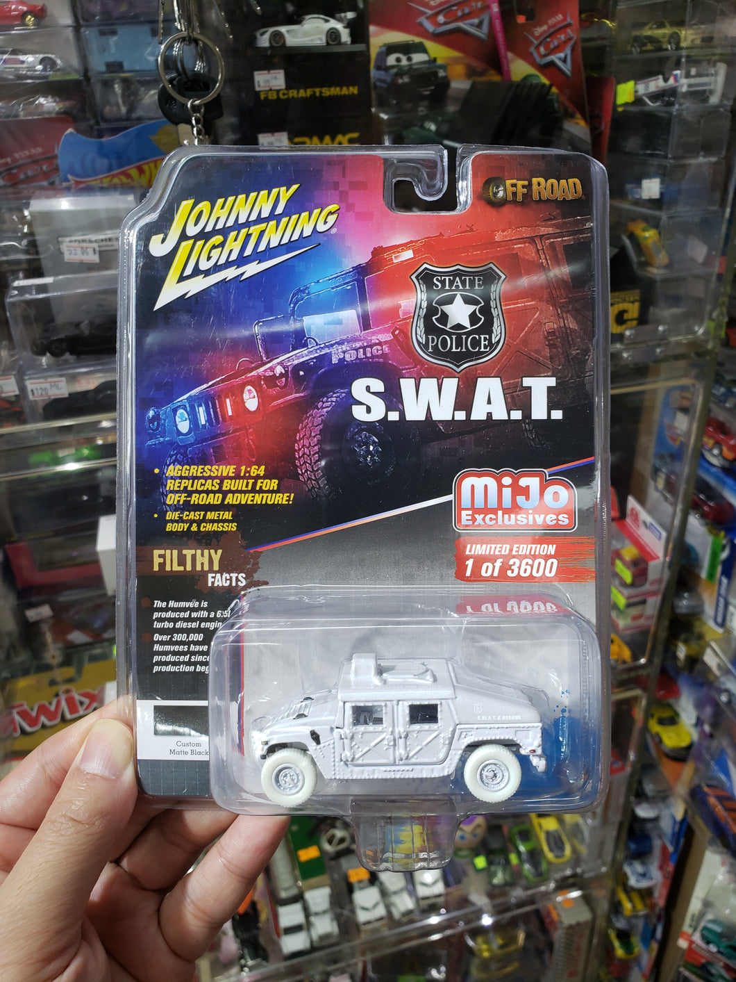 Johnny Lightning 1/64 Police S.W.A.T. Humvee White Lightning Chase Car JLCP7159