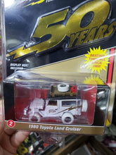 Load image into Gallery viewer, Johnny Lightning 1/64 #2 1980 Toyota Land Cruiser White Lightning Chase