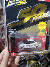 Load image into Gallery viewer, Johnny Lightning 1/64 #3 1999 Nissan Skyline GT-R BNR-R34 White Lightning Chase