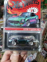 Load image into Gallery viewer, 2019 Hot Wheels RLC Custom 72 Datsun 240Z Chameleon #07331/10,000 Real Riders