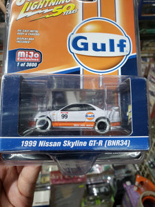 Johnny Lightning 1/64 Gulf Mijo Exclusive 1999 Nissan Skyline GT-R BNR34 White Lightning Chase