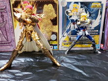 Load image into Gallery viewer, Bandai Saint Cloth Myth Cygnus Hyoga Saint Seiya Revival Version ( Free Shipping Worldwide !!! )