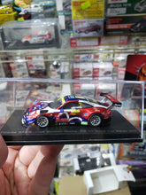 Load image into Gallery viewer, Spark Model 1/64 Porsche GT3 R No.911 Craft Bamboo Racing EVISU