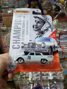 Matchbox 1/64 62 Mercedes Benz 220 SE Sedan Ewy Rosqvist Champion 1st Female Touring Car Grand Prix Winner