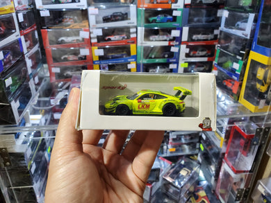 Spark Model 1/64 Y127 Porsche 911 GT3 R No. 911 Manthey Racing FIA GT Worlc Cup Macau 2018
