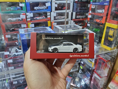 1/64 ignition Model IG1868 Nismo R34 GT-R Z-tune White with Carbon Bonnet