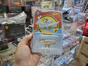 Hot Wheels 2017 Japan Toysrus Wonder Woman Invisible Jet