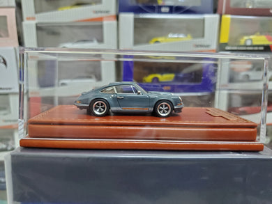 Make Up 1/64 Singer Titan Porsche 911 ( 964 ) Coupe TM001B Gray