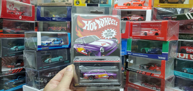 2020 HOT WHEELS 1/64 65 VOLKSWAGEN FASTBACK TARGET MAIL IN / Hong Kong Toysrus Exclusive COLLECTOR EDITION