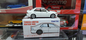 Tomy Tomica TomyTec 1/64 Hong Kong Exclusive 99 Lexus IS200 White
