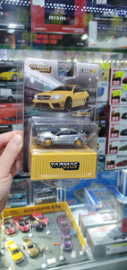 ( Chase ) Tarmac Works 1/64 Global64 Mercedes-Benz C 63 AMG Coupé Black Series Yellow Metallic