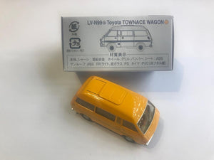 Tomytec Tomica Limited Vintage Neo LV-N99b Toyota Townace Wagon (Orange)