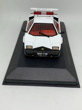 Load image into Gallery viewer, Zi:l 1:43 Lamborghini Countach LP500S Patrol Car Type (環狀大阪府警) (Limited to 999pcs) #KY