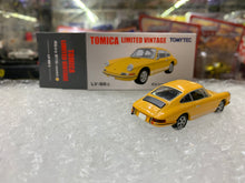 Load image into Gallery viewer, Tomytec Tomica LV-86b Porsche 911s