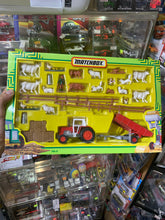 Load image into Gallery viewer, Matchbox Farming Set (FM-6) (MF Tractor & Trailer)