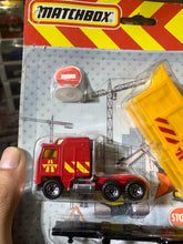Load image into Gallery viewer, Matchbox Construction Set (Diecast with Plastic Parts) (Trailer)
