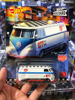 Hot Wheels 1/64 BOULEVARD VOLKSWAGEN T1 PANEL BUS