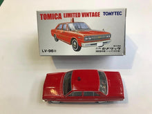 Load image into Gallery viewer, Tomytec Tomica Limited Vintage LV-96a Nissan Cedric Fire Command Car (小山市消防署)