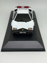 Load image into Gallery viewer, Zi:l 1:43 Lamborghini Countach 5000QV Patrol Car Type (灣岸大阪府警) (Limited to 999pcs) #KY