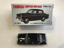 Load image into Gallery viewer, Tomytec Tomica Limited Vintage LV-25d Isuzu Hillman Minx (Black)