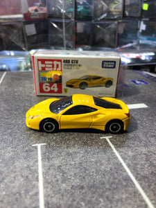 Takara Tomy Tomica FERRARI 488 GTB NEW 2019 No.64 (set of Two) Red and Yellow