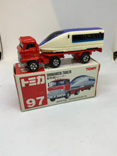Load image into Gallery viewer, Tomy Tomica #97 Hino Shikansen Trailer