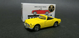 Tomica 23 Honda S800M Open roof model Yellow Japan 1:51