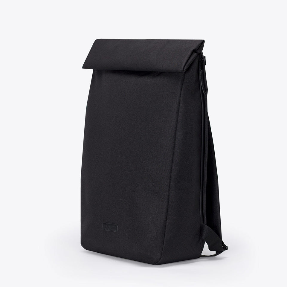 Ucon Acrobatics • Adan Backpack • Stealth Series (Black)