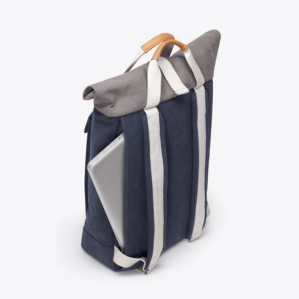 Ucon Acrobatics • Colin Backpack • Original Series (Dark Navy)