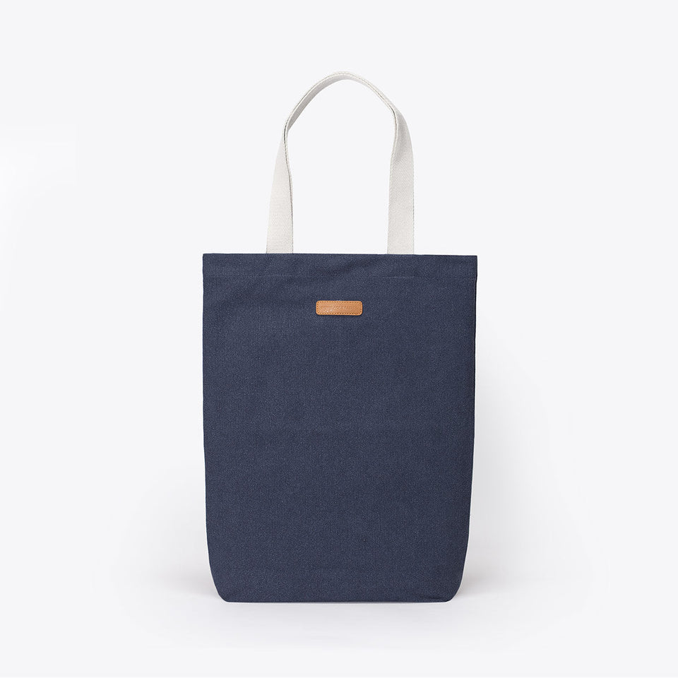 Ucon Acrobatics • Finn Bag • Original Series (Dark Navy)