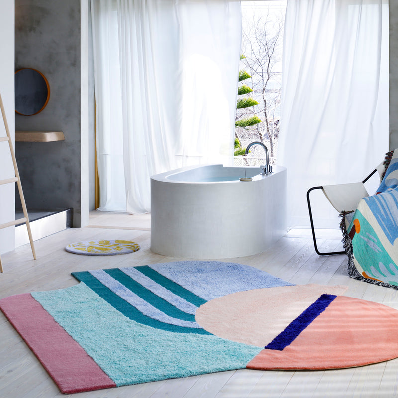 Wavy Gradient Rug - Spatial Placement