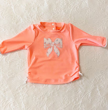 Load image into Gallery viewer, Sunuva Baby Girl Classic Rash Guard 3-6m