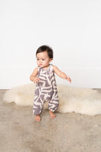 Load image into Gallery viewer, Omamimini Baby racerback long pants one piece