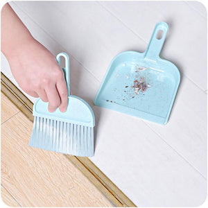 Mini Desktop Cleaning Broom