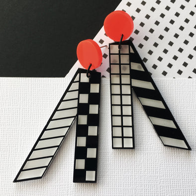Statement Dangles - Straight Lines