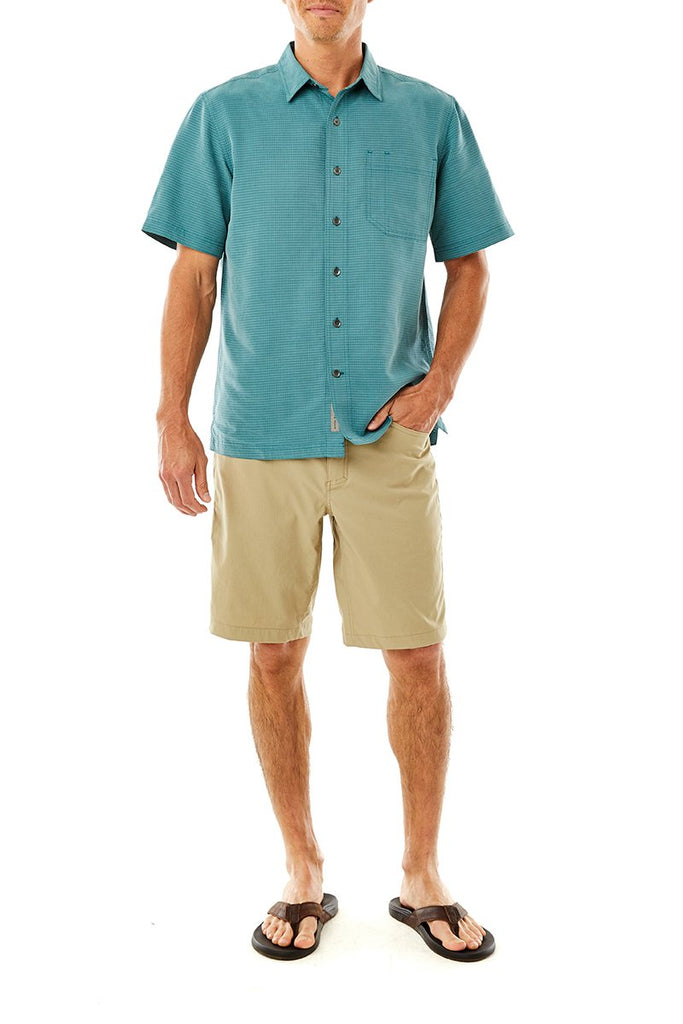 Men's Desert Pucker Dry Short Sleeve Shirt On Model Men's Desert Pucker Dry Short Sleeve Shirt