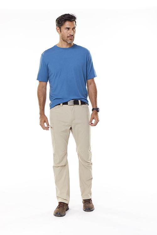 Center front snap closure with secure fly Men's Active Traveler Stretch Pant