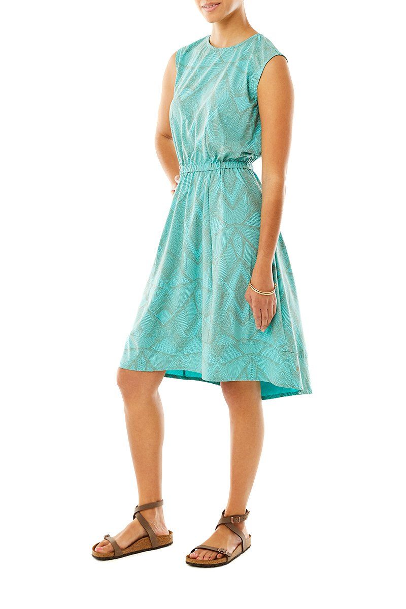 products/WR2_SPOTLESS-TRAVELER-DRESS_Y326001_795_2103.jpg