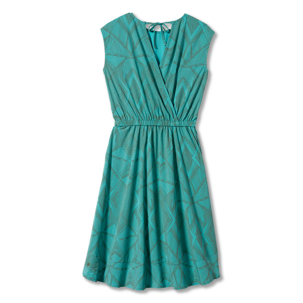 products/Y326001_795_HERO_B_W_SPOTLESS-TRAVELER-DRESS.png