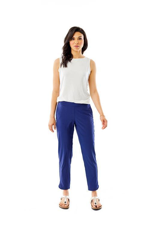 products/s19_324001_spotless_traveler_pant_567_ink_blue_4046_ac630e55-91cf-432f-8ee3-85379e5c44ae.jpg