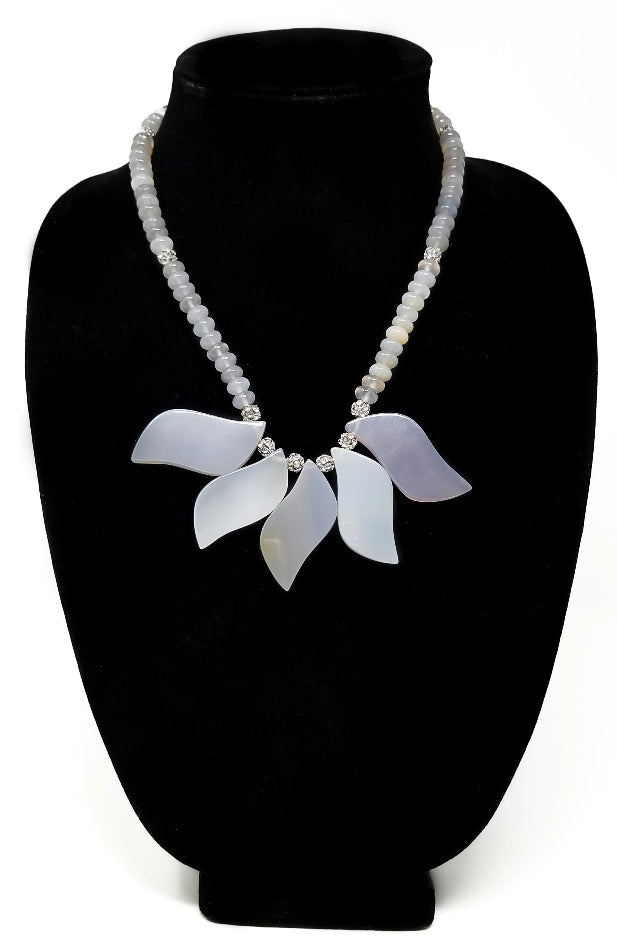 Jani Mauve Necklace