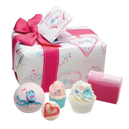 Love Birds Romantic Bath Gift Box