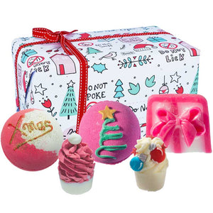 No Peeking Christmas Bath Gift Set