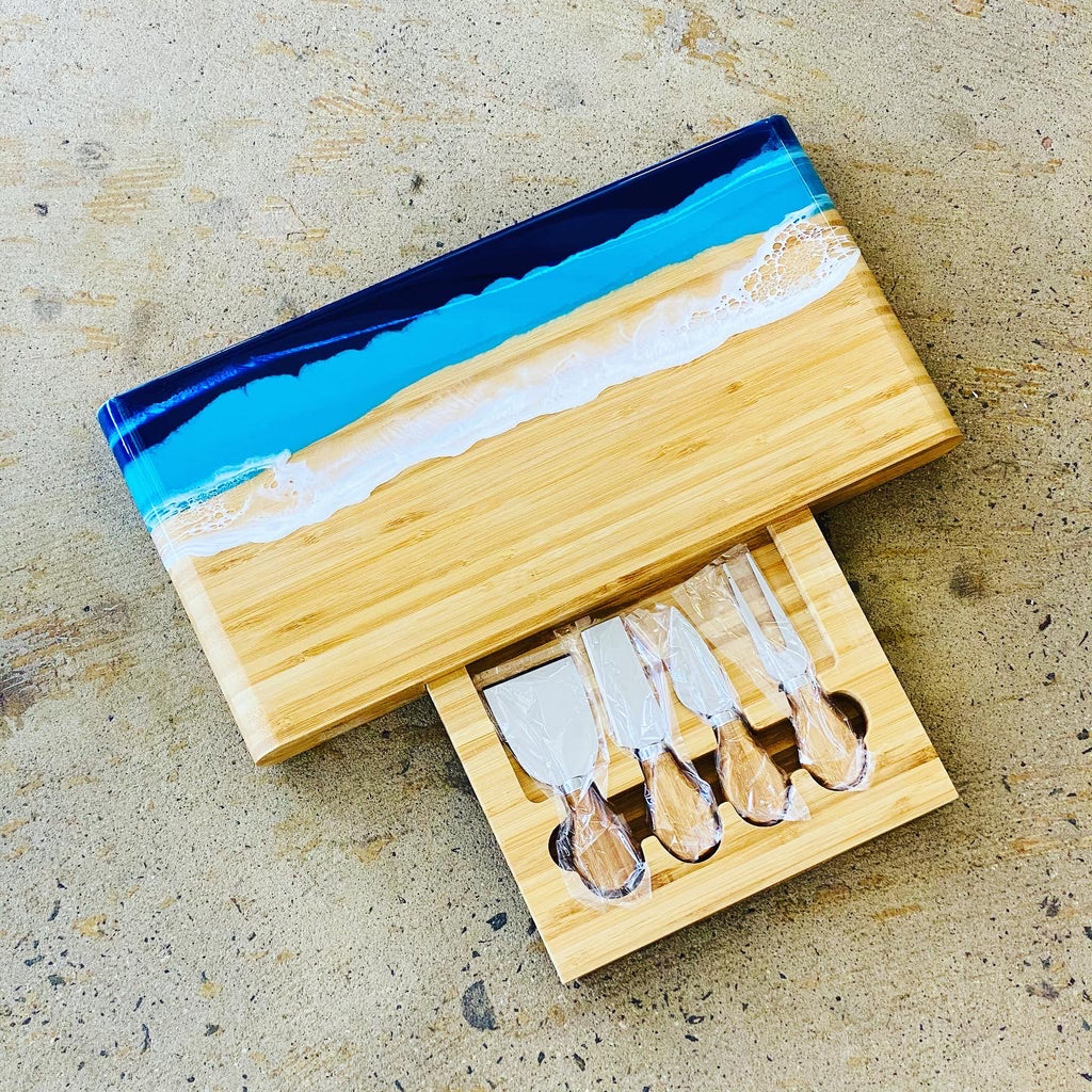 Bamboo cheese board and built in knife  set