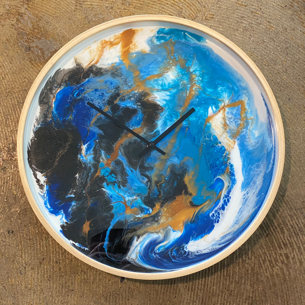 Large Resin clock - 60cms