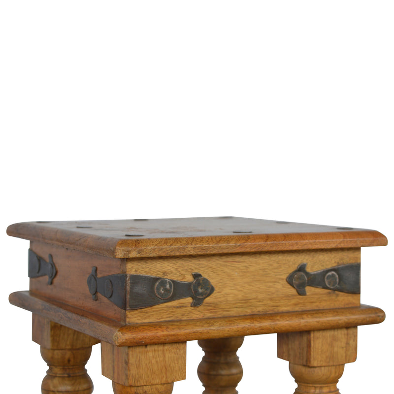 Daniella Petite Thakat End Table